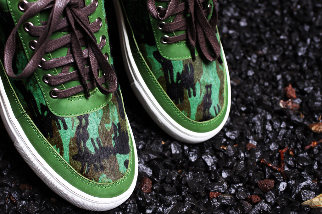ÉÉN Amsterdam for Filling Pieces 2012 Anniversary Pack