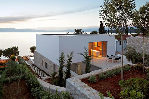 House On KRK Island by DVA Arhitekta