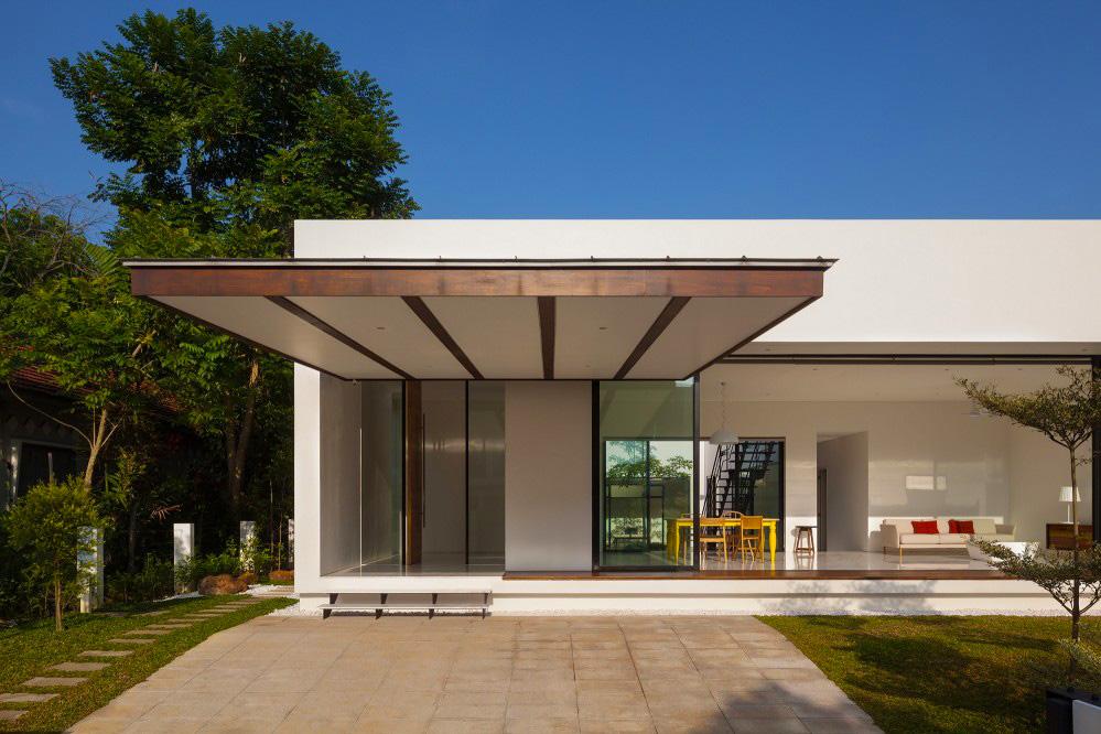 Mandai Courtyard House by Atelier M+A
