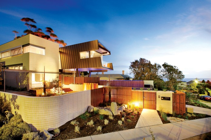 Beaumaris House by Maddison Architects