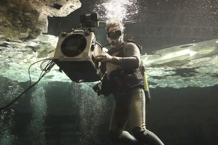 James Bond's Skyfall Movie Previews Some Epic Underwater Scenes