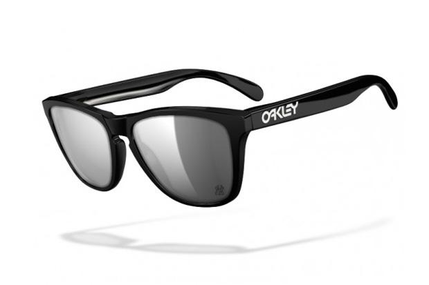 Oakley Custom Program