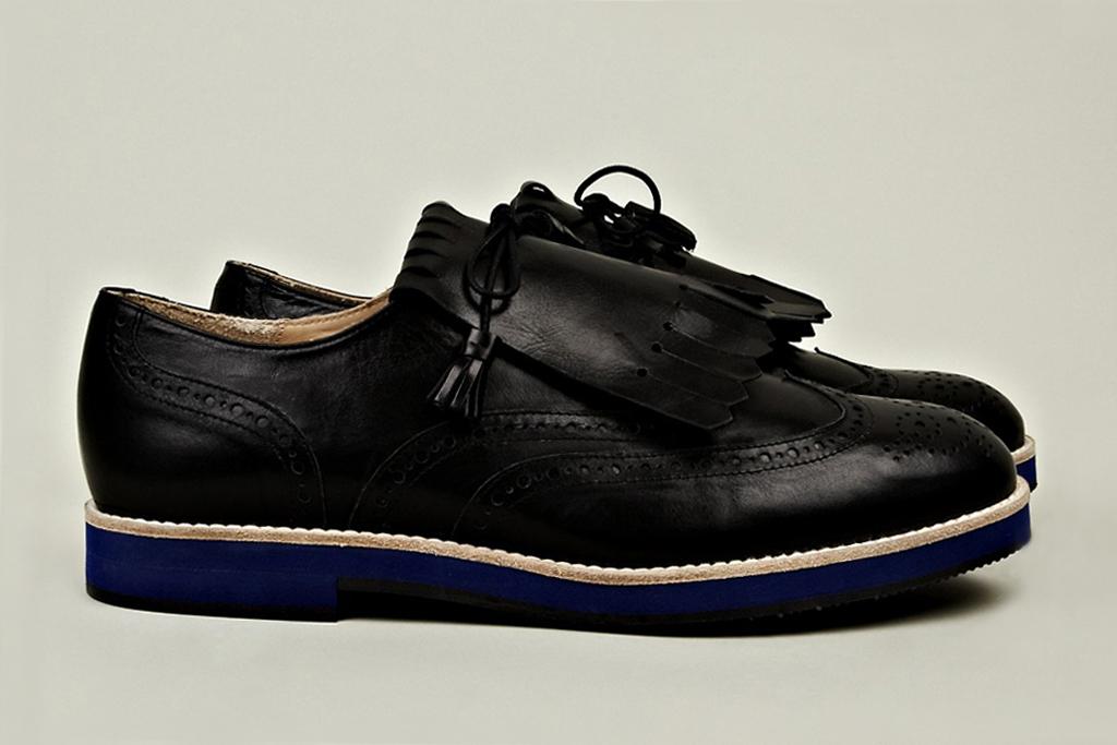 T&F Slack Shoemakers Kiltie Golf Shoe