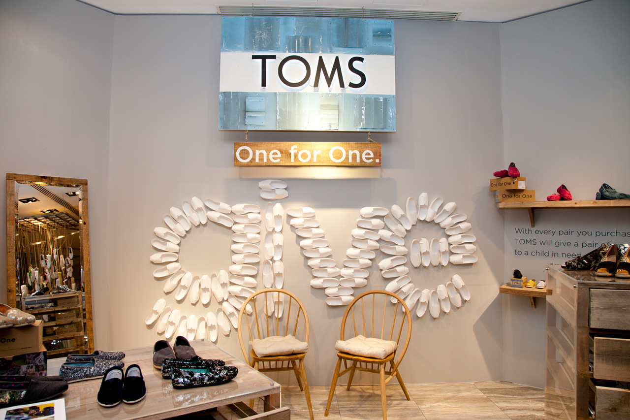 toms founder blake mycoskie discusses the success of his business and philanthropy