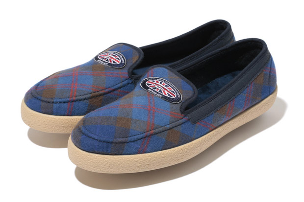 A Bathing Ape Tartan Check Nel Slip Off