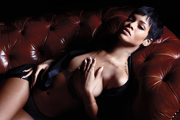 """Behind-the-Scenes of Rihanna's GQ """"Obsession of the Year"""" Photoshoot"""