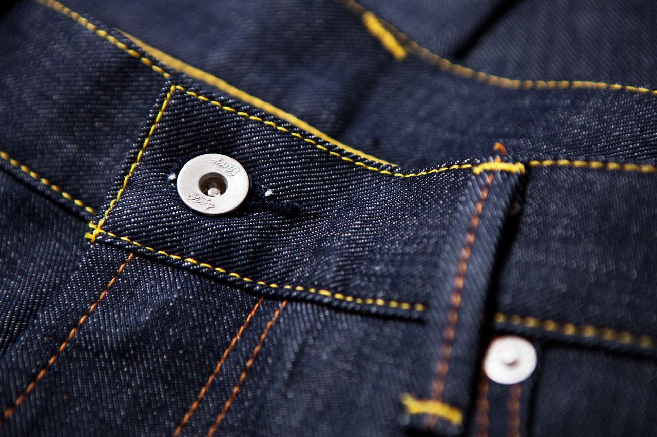 CASH CA x NEIGHBORHOOD Indigo Jeans