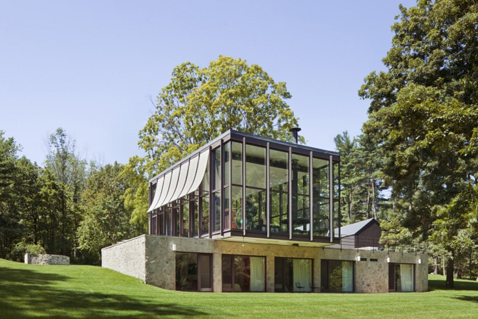 Country Estate by Roger Ferris + Partners