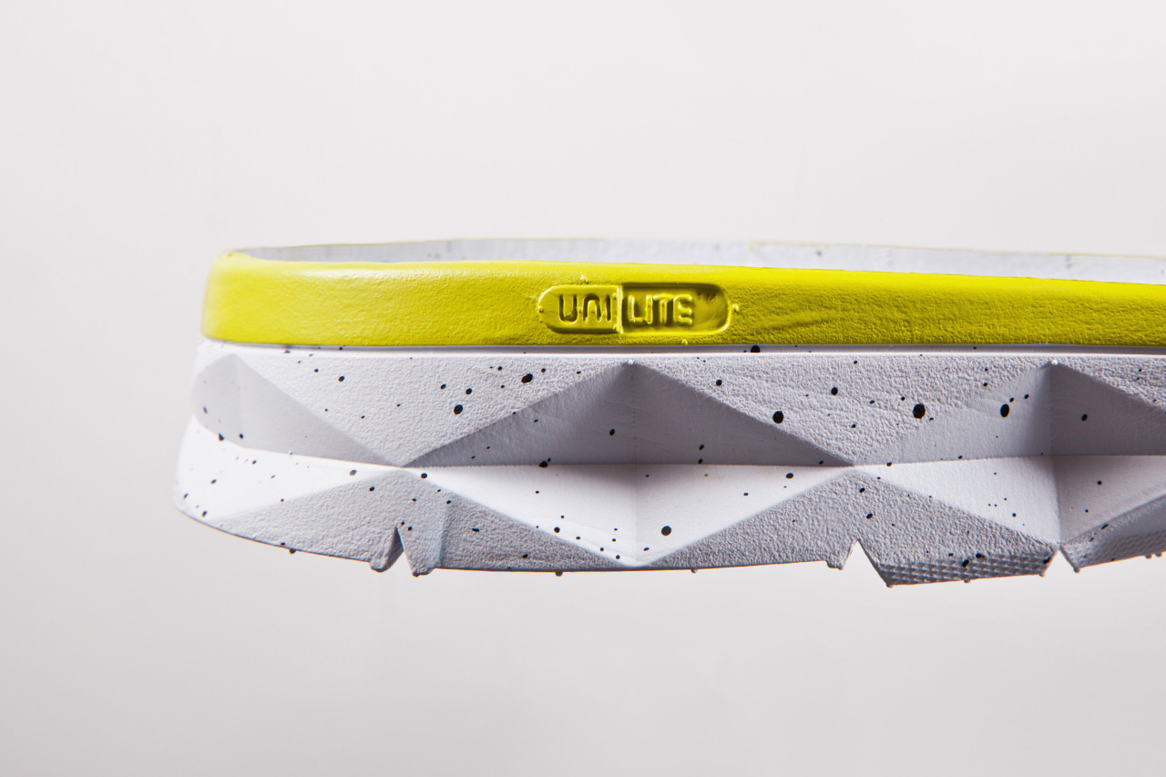 dissected dc shoes unilite trainer