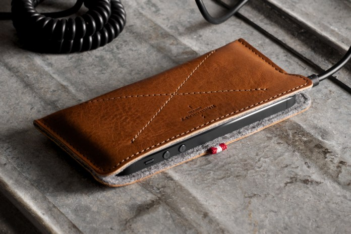hard graft Skinny Fit iPhone 5 Case