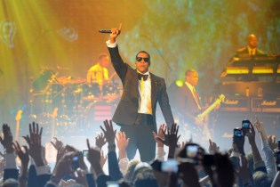 Jay-Z and Coldplay to Headline New Year's Eve Show at Brooklyn's Barclays Center