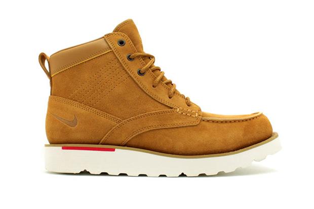 Nike Kingman Leather Boot
