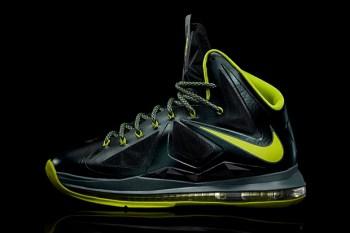 """Nike LeBron X """"Dunkman"""""""