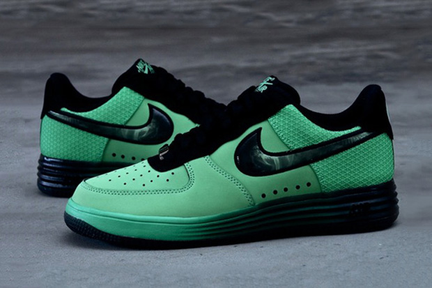 "Nike Lunar Force 1 ""Hero"" Pack"