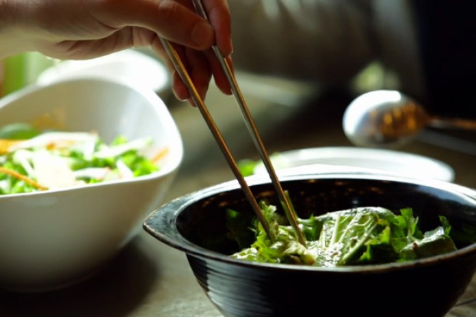 """Seoul's Food Culture Highlighted by Semipermanent's """"Live to Eat"""""""