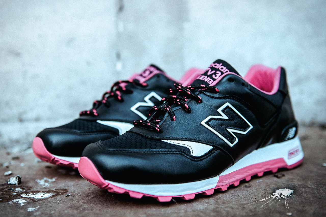 size x staple design x new balance black pigeon 577