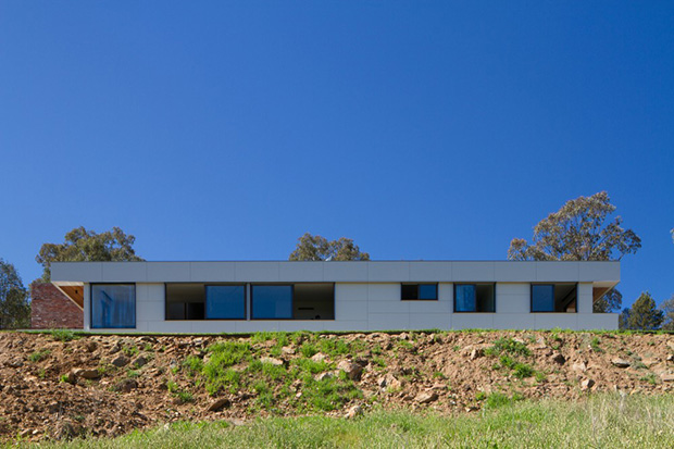 Splitters Creek House by Nest Architects