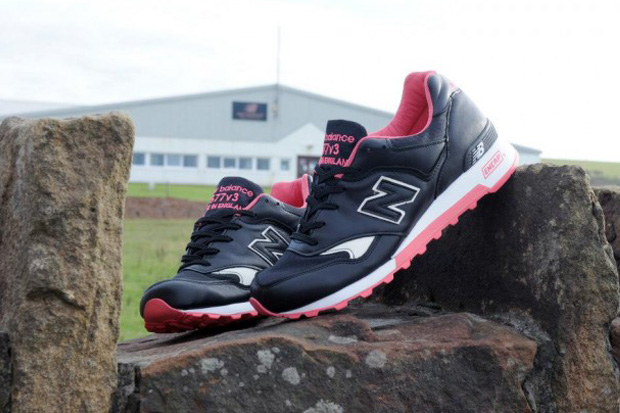 "The Making of the size? x Staple Design x New Balance ""Black Pigeon"" 577"
