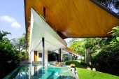 Winged House by K2LD Architects