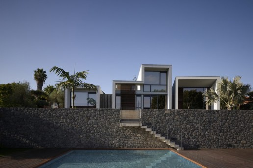 Z House by nred arquitectos