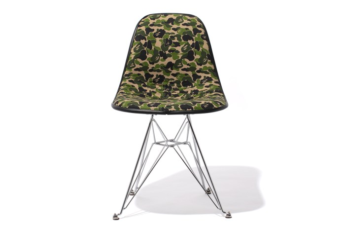 A Bathing Ape x Cover-it-All 2012 BAPE 1ST CAMO Chair