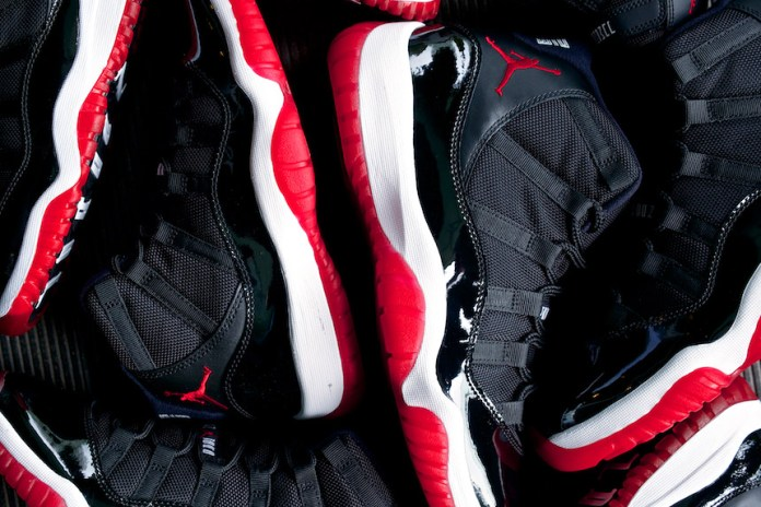"Air Jordan XI ""Playoffs"" 2012 Retro"