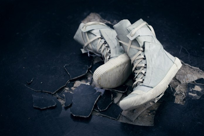 Boris Bidjan Saberi 2012 Fall/Winter BAMBA3-F240 Hi-Top Sneaker