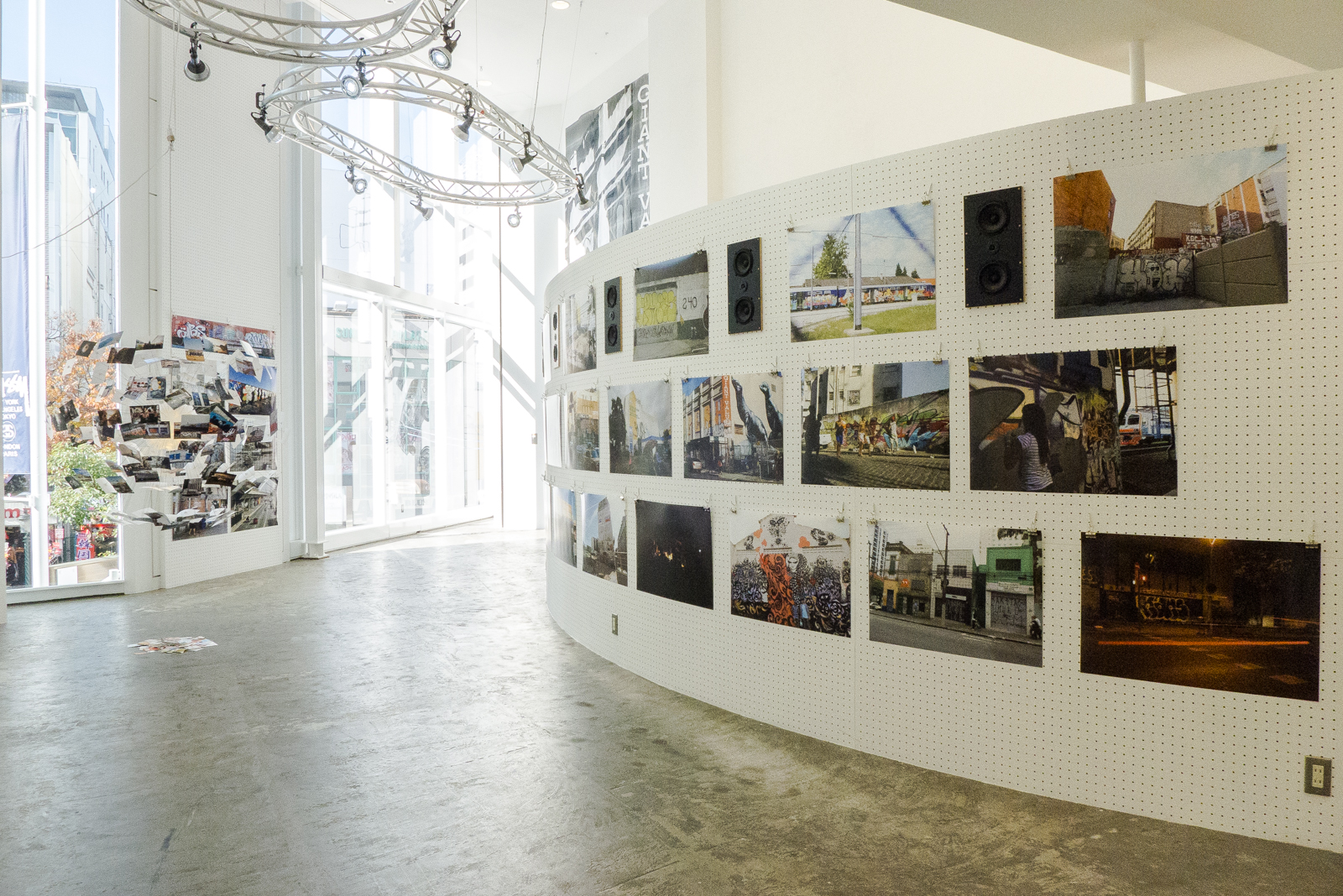 Jetlag Urban Art World Tour Photo Exhibition @ Stussy Osaka Minami Recap