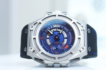 Linde Werdelin SpidoLite II Titanium Blue and Red