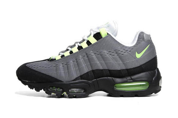 "Nike Air Max 95 EM ""Cool Grey/Volt Black"""
