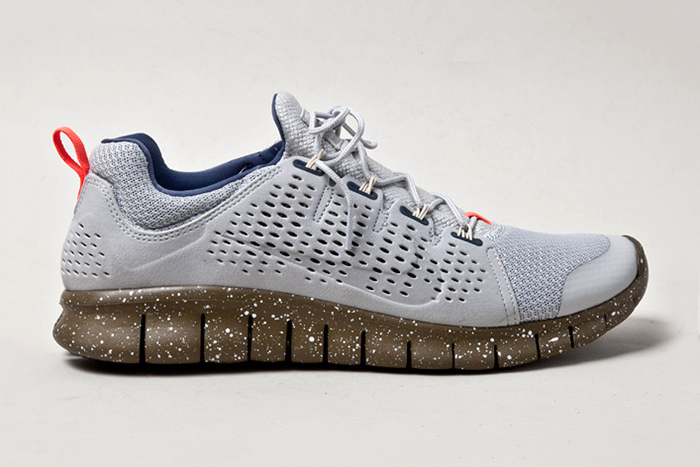 "Nike Free Powerlines+ II ""Strata Grey"""