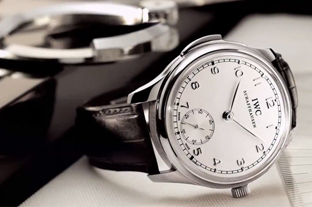 The Man's Guide to Buying a Watch: Episode 3 - Form Versus Function