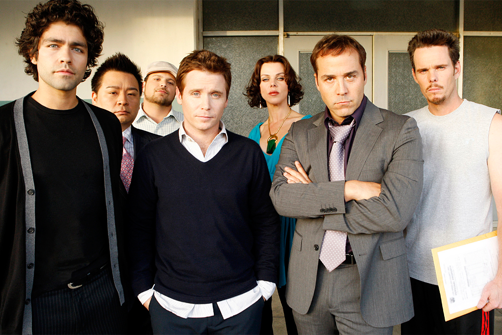 entourage film gets the green light from warner bros