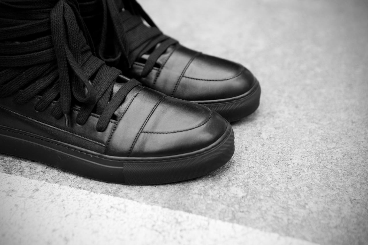 krisvanassche 2013 spring summer multi laces sneaker