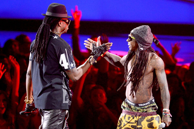 Lil Wayne featuring 2 Chainz – Rich As F*ck