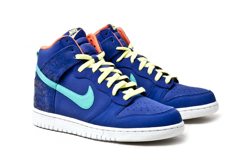 nike dunk high fruit crackle