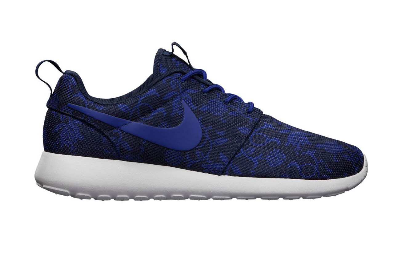 nike roshe run graphic