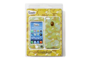 A Bathing Ape x Gizmobies 2013 Spring/Summer iPhone 5 Protector