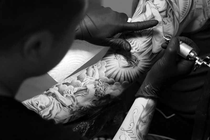 jun cha and jose lopez london pop up lowrider tattoo studio recap