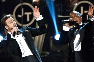 Justin Timberlake featuring Jay-Z – Suit & Tie Grammy Performance