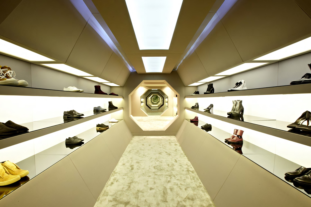 LN-CC Set to Reopen its London Storefront