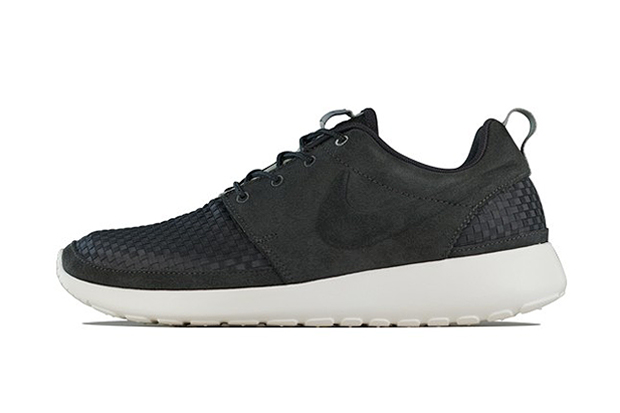 Nike 2013 Spring/Summer Roshe Run Woven