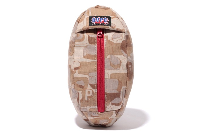 A Bathing Ape 2013 Spring/Summer Explosive Camo Football Pouch