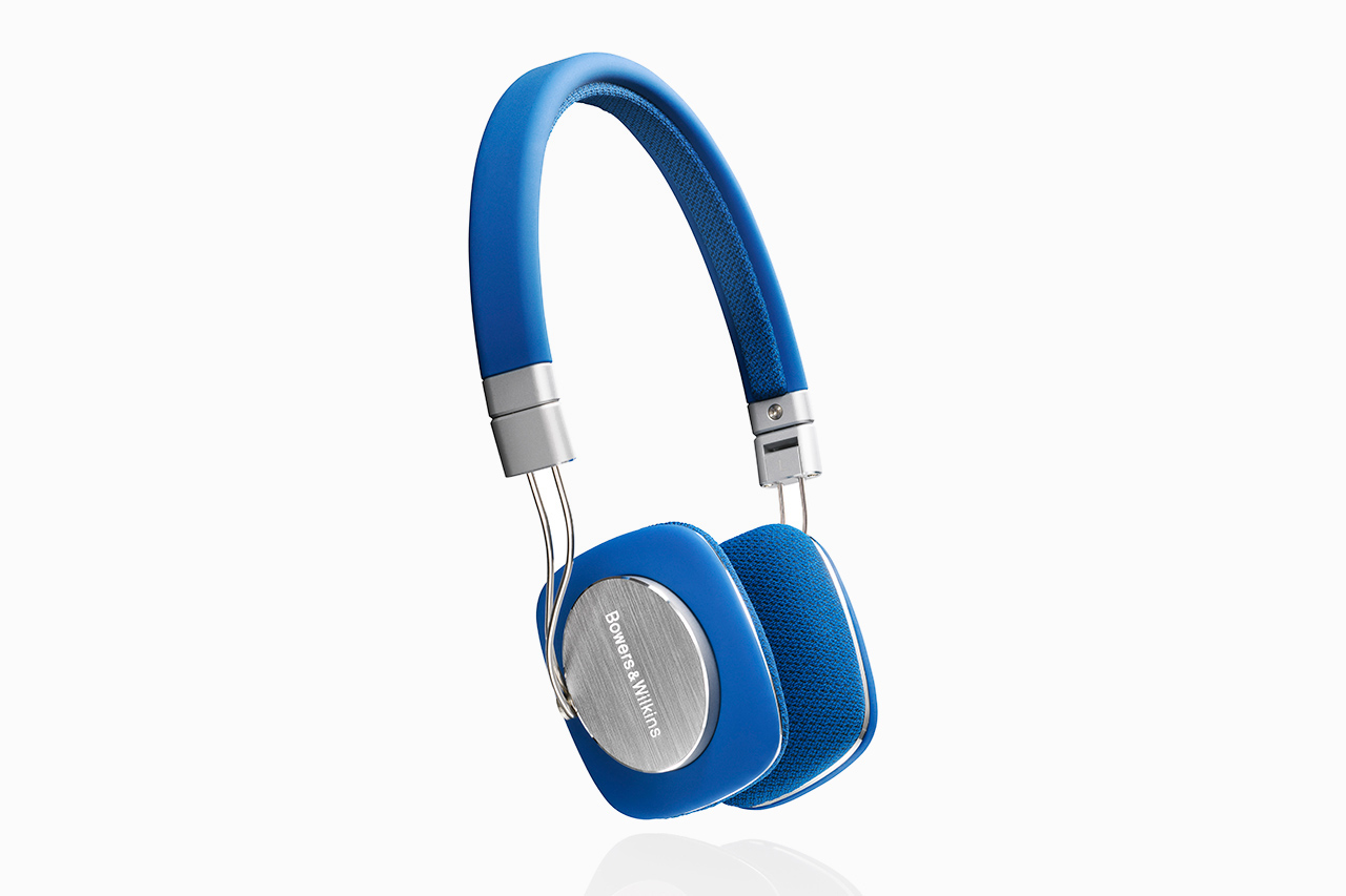 Bowers & Wilkins P3 Headphones in Blue