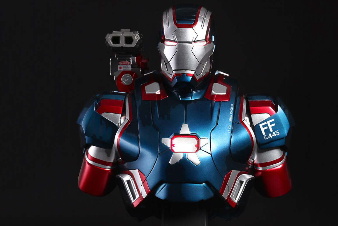 hot toys iron man 3 iron patriot collectible bust