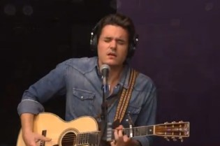 John Mayer Announces Born & Raised Tour, Performs via Google+ Hangout