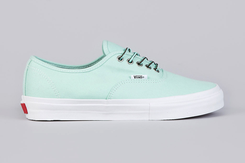 mike hill x vans syndicate authentic pro s mint vanilla