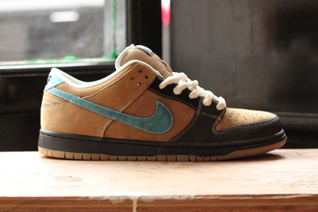 "Slam City Skates x Nike SB Dunk Low Pro ""Slam Dunk"" 2013 Reissue"