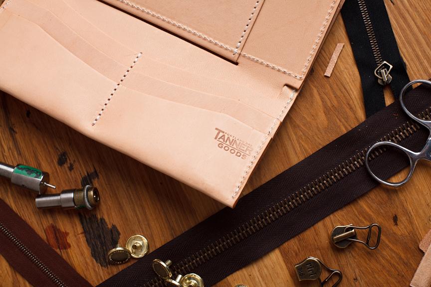 tanner goods 2013 spring tradesman wallet
