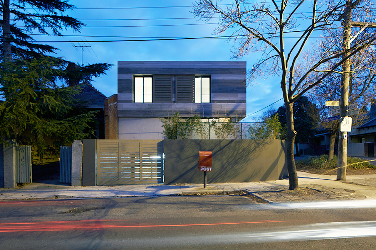 cassell street house by b e architecture